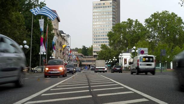 Polizei stoppt illegales Autorennen in Wiesbaden