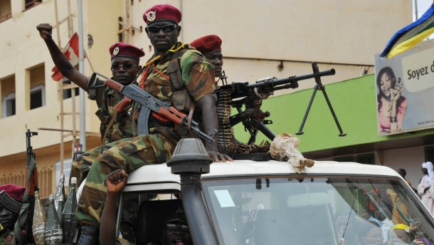 Viele Tote bei Kämpfen zwischen Bürgern und Rebellen