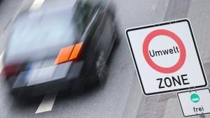 Verhandlung über mögliches Dieselfahrverbot in Frankfurt