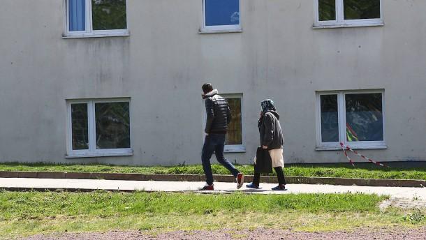Warum nur einer von drei abgelehnten Asylbewerbern zurückkehrt