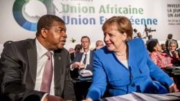 Merkel will mit Afrika gegen illegale Migration kämpfen