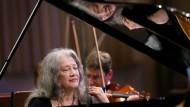 Scheu und kühn zugleich: Die Pianistin Martha Argerich wird 80