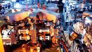 Montage von CO2-Lasern: Trumpf ist ohne harte Personaleinschnitte durch die Wirtschaftskrise vor zehn Jahren gekommen.