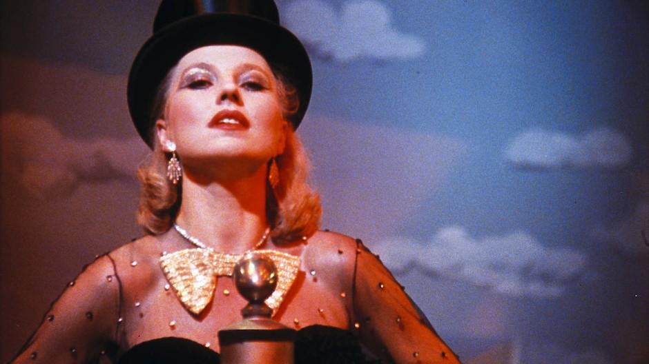 """Eine der Schauspielerinnen, die in seinen Filmen groß wurden: Hanna Schygulla als Lale Andersen in Rainer Werner Fassbinders Film """"Lili Marleen"""""""
