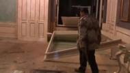Gaddafis Residenz getroffen