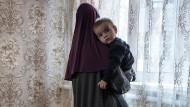 Witwe eines IS-Kämpfers: Eine Tschetschenin im Januar 2018 nach der Rückkehr aus Syrien