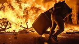 Proteste schlagen abermals  in Gewalt um