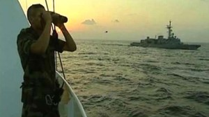 Abgeordnete blasen zur Piratenjagd