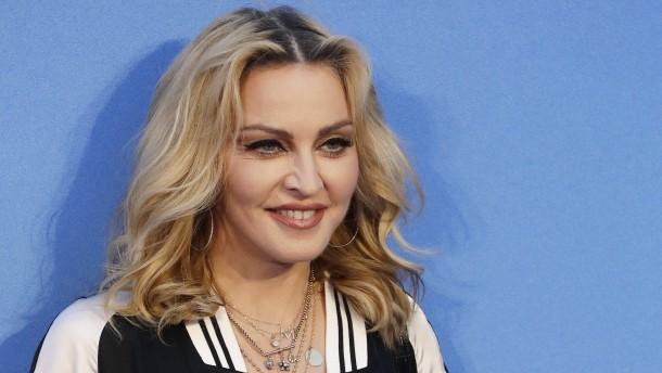Madonna, Portugal und die Steuern