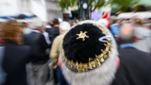 Härtere Strafen für Antisemiten