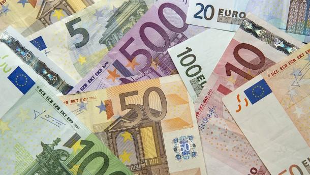 Einbruch bei Gewerbesteuer in Hessen