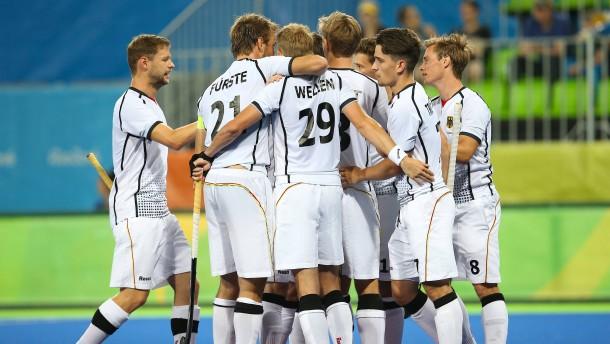 Deutsche Hockey-Herren gewinnen gegen Kanada