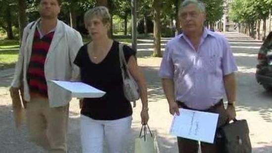 Hinterbliebene klagen in Karlsruhe gegen Waffengesetz