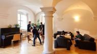 Teure Bildung: Das Internat Schloss Salem kostet mindestens 36.000 im Jahr pro Schüler.