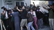 Krawalle auf der griechischen Insel Lesbos