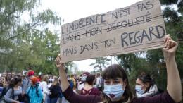 Genfer Schülerinnen protestieren gegen Kleiderordnung