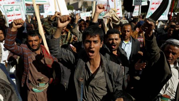 Neue Kämpfe und alte Probleme im Jemen-Krieg