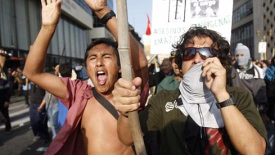 Indios demonstrieren für mehr Rechte