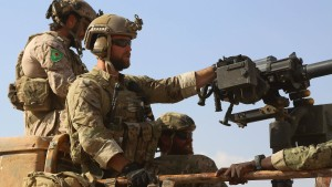 Vereinigte Staaten schicken Hunderte Soldaten nach Syrien