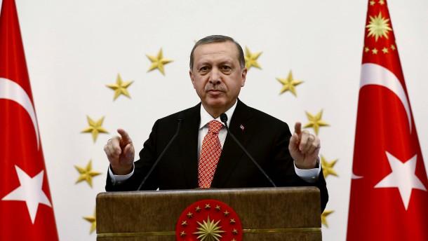 Erdogans harte Hand gegen die Kurden