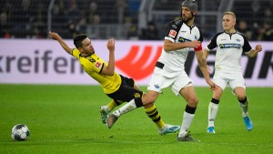 Dortmund wendet Blamage gegen Paderborn ab
