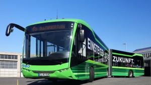Hessens erster E-Linienbus auf Jungfernfahrt