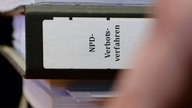 Scheitert das NPD-Verbotsverfahren?
