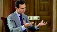 Bashar al-Assads Armee wird von Russland mit Raketen und Kriegsschiffen unterstützt.