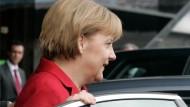 Merkel schafft es nicht mehr nach Krakau - <BR/>Letztes Geleit für Kaczynski