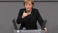 Merkel verteidigt Rekordverschuldung