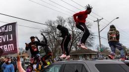 Afroamerikaner bei Polizeikontrolle in Minneapolis getötet
