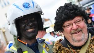 Kritik an schwarz geschminkten Gesichtern