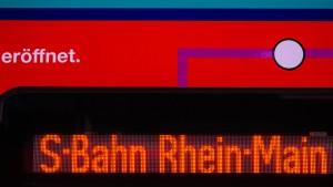 Mehr Pendler und mehr Fahrgäste in Hessen