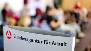 Mehr Arbeitslose zur kalten Jahreszeit in Hessen
