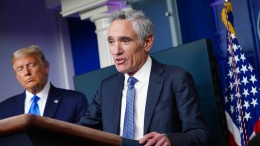 Trumps umstrittener Corona-Berater tritt zurück