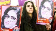 Gedenken an Özgecan Aslan: Die junge Studentin wurde brutal 2015 ermordet.