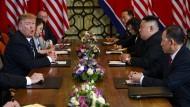 Große Versprechen, nichts herausgekommen: Donald Trump (l.) und Kim Jong-un in Hanoi