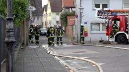 Brand im Flüchtlingsheim fordert Verletzte