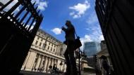 Was kann die Bank von England ausrichten?