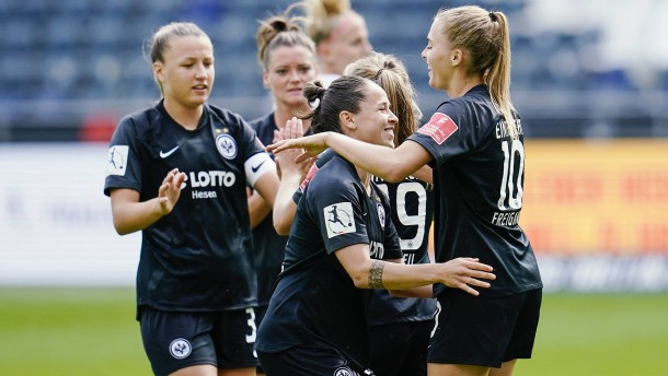 Härtetest für Eintracht-Frauen