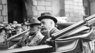 Zur Zeit des Ersten Weltkriegs ein Lieblingsfeind der deutschen Presse: Englands Premierminister Lloyd George (links). Aufnahme von 1917.