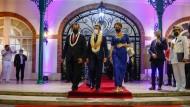 Emmanuel Macron gibt sich zum Abschluss seines Besuches in Französisch-Polynesien am Dienstag (Ortszeit) reumütig.