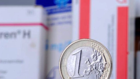 Hitzige Debatte um Arzneimittelpreise