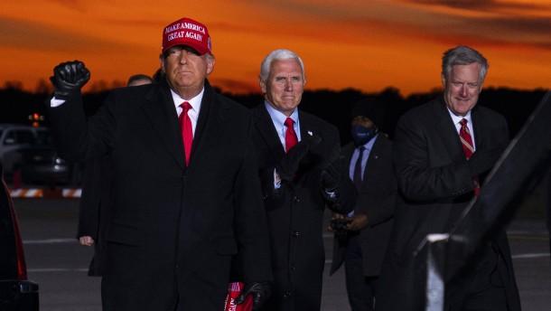 Wie Trump an der Macht bleiben wollte
