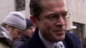 Guttenberg wirft seinen Kritikern Täuschung vor