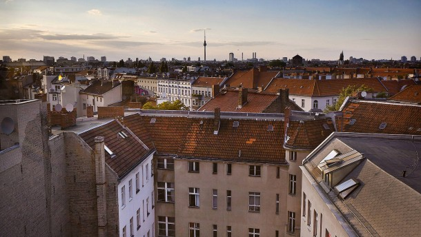 Berlin will Miete jetzt an Einkommen koppeln