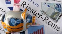 Riester-Rente in der Krise: Der Niedrigzins offenbart massive Schwächen der Altersvorsorge.