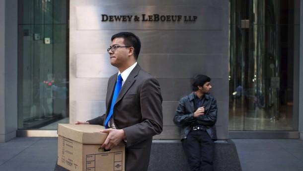 Anwälte in wirtschaftlicher Not sollen ihre Zulassung nicht verlieren