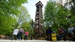 Zeitplan zum Wiederaufbau des abgebrannten Goetheturms wackelt