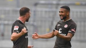 St. Pauli, Bochum und Nürnberg siegen erstmals
